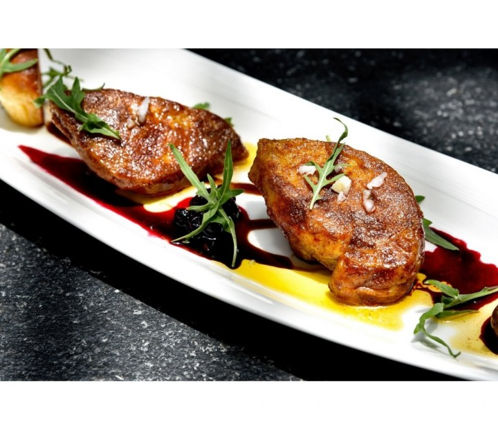 <h6 class='prettyPhoto-title'>Pan-fried foie gras with onion chutney (13.50€)</h6>