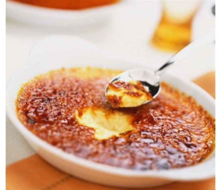 <h6 class='prettyPhoto-title'>Creme brulee (6.50€)</h6>
